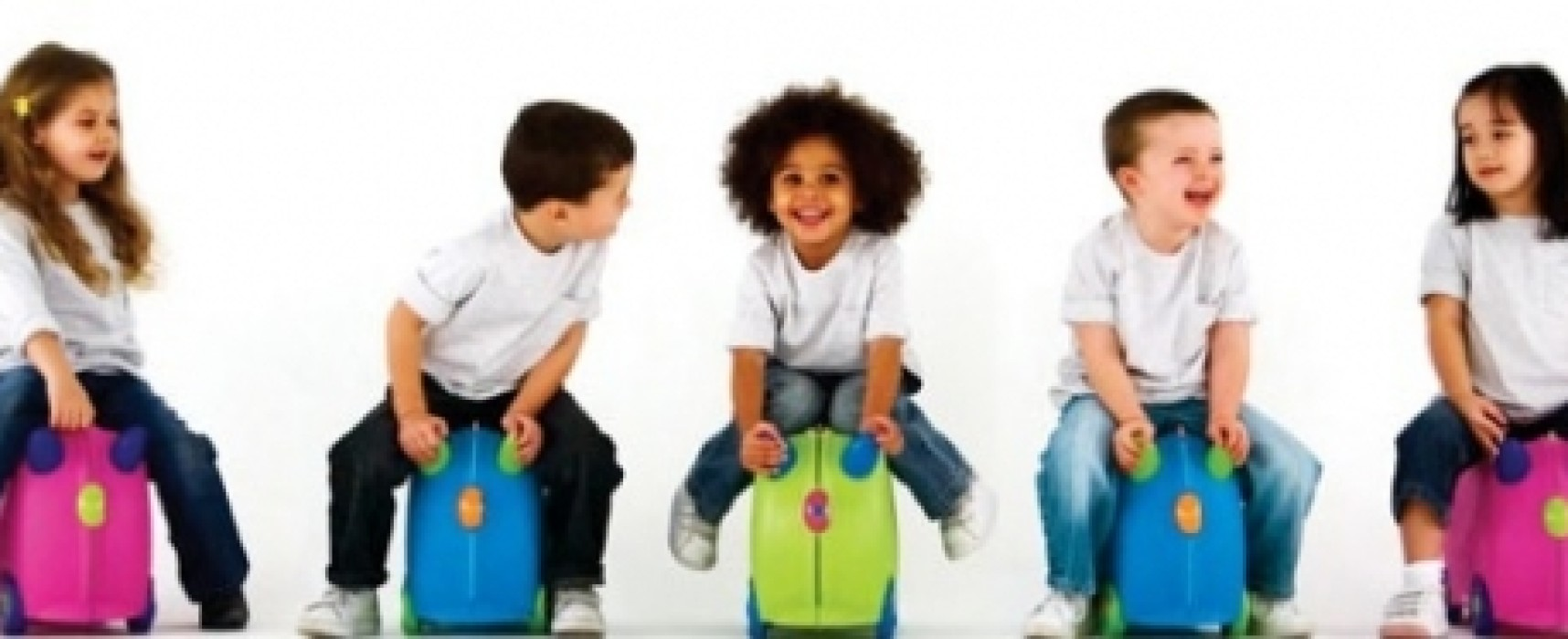 Keep the little ones occupied during travelling with Trunki Luggage